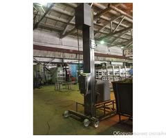 Фото объявления Столбовой (мачтовый) подъёмник-опрокидыватель передвижной
